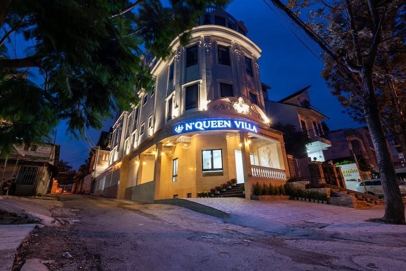 N'Queen Villa về đêm