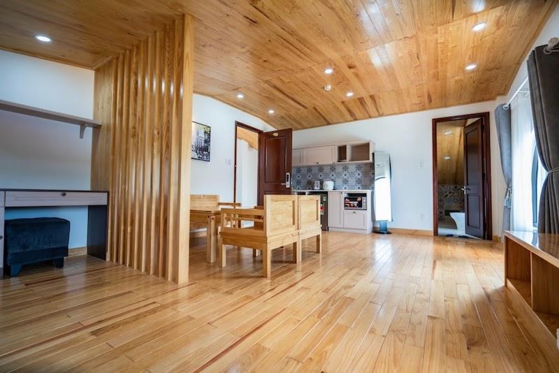 Căn hộ hoàn toàn bằng gỗ thông