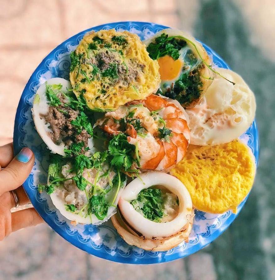 Bánh căn Lệ, quán ăn nổi tiếng được du khách yêu thích khi đến Đà Lạt